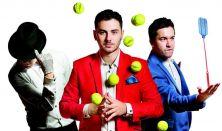 """Trio The ThreeX w muzyczno-komediowym programie """"Mindbowing""""."""
